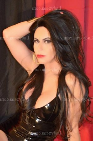 Leontina sexemodel massage sexe escorte girl